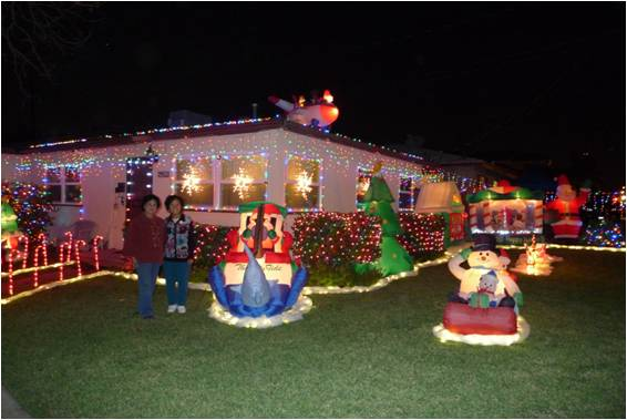 朋友的邻居圣诞节期间灯饰