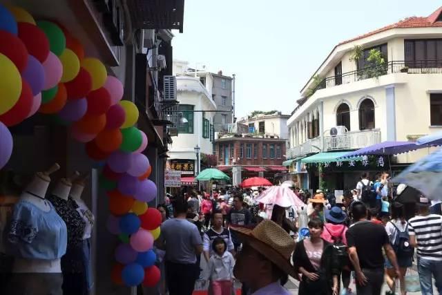 赵燕菁和中国城市规划设计院名城所所开出的药方是