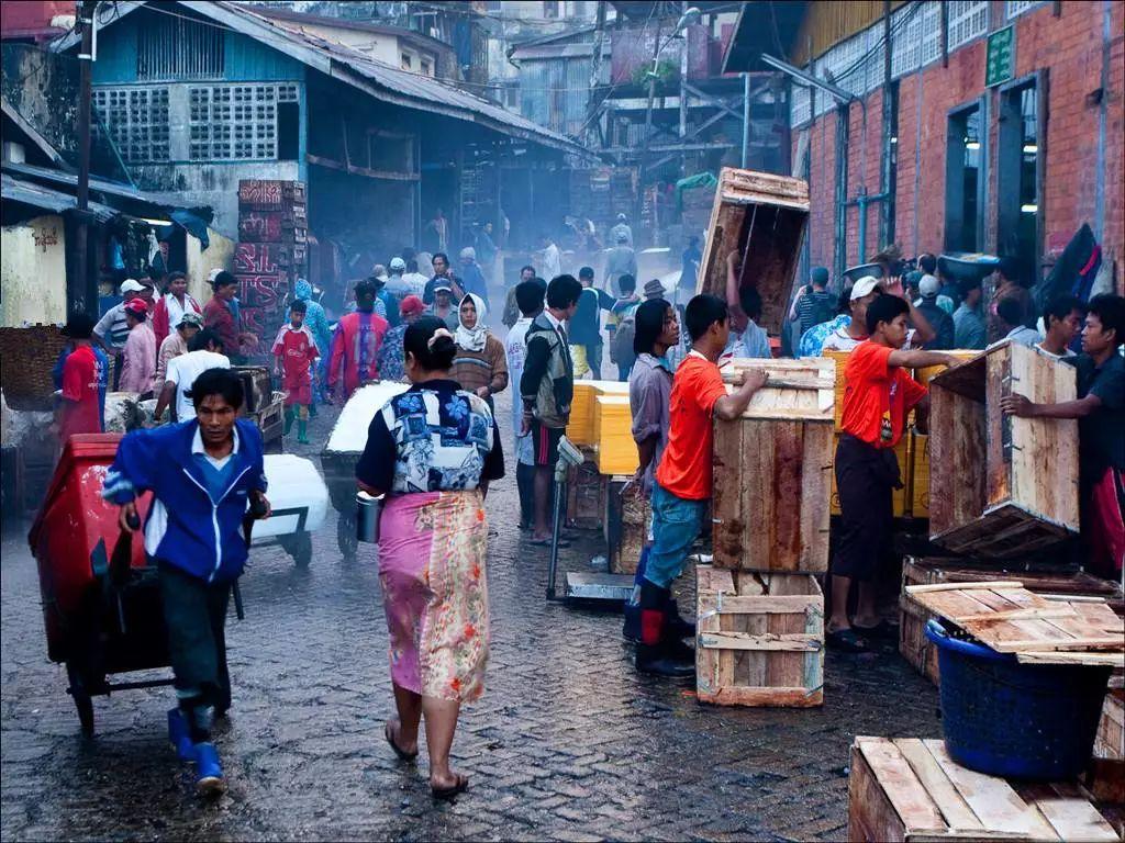 人口老龄化_缅甸2018年人口