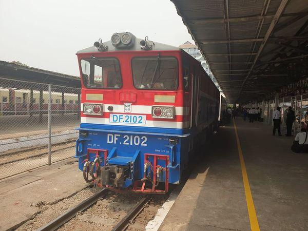 全国列车大部分暂停运行