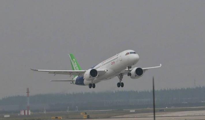 中国国产大飞机c919首飞成功