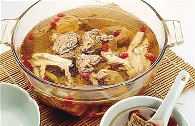 当归生姜羊肉汤 让冬天变得暖暖的