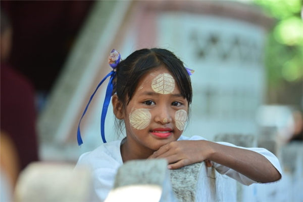 缅甸风物系列:那些困顿的孩子们,愿生活不减你天真的笑脸