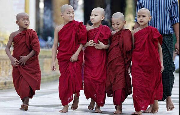 缅甸的出家习俗与禅修文化