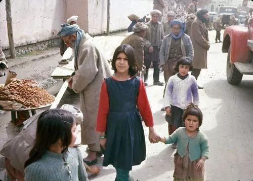 50张彩色老照片,告诉你60年代的阿富汗有多美好!